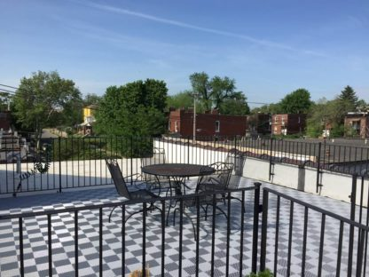 A Free-Flow Gray deck area.